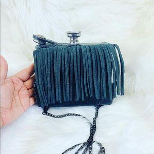 32 oz croc embossed black leather hip flask purse